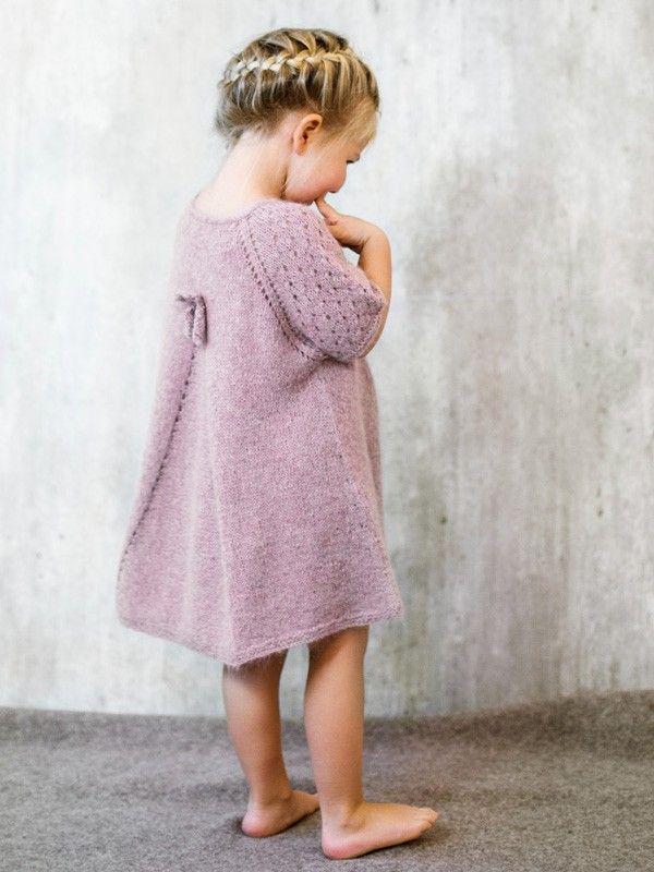 Kjole strikket opp-ned 2-6 år