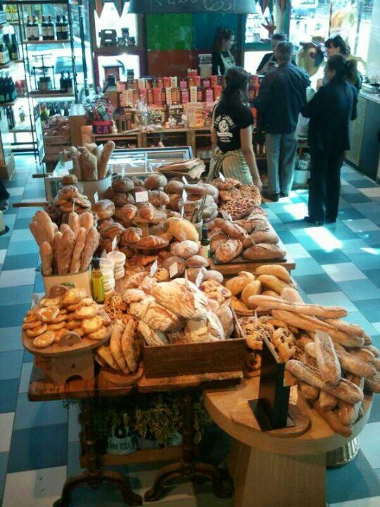 Mmmm... Fresh bread at Recipease Notting Hill.
