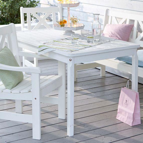 Tisch, outdoorfähig, Kiefer massiv Vorderansicht