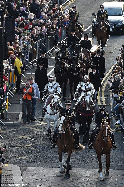 Richard III's remains begin five day journey to final resting place   Daily Mail Online