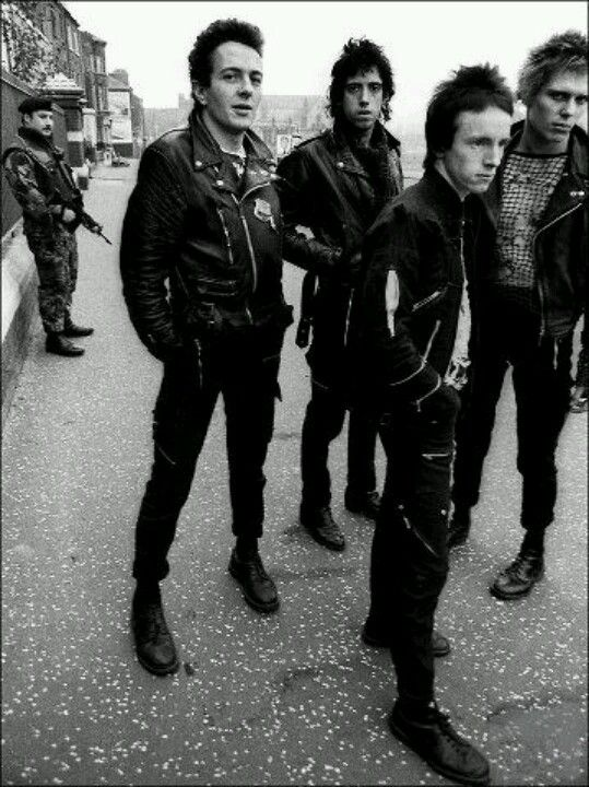Leather bike jackets The Clash/ Punk/ 70's British Punk/ Main Music Band/ Punk Fashion