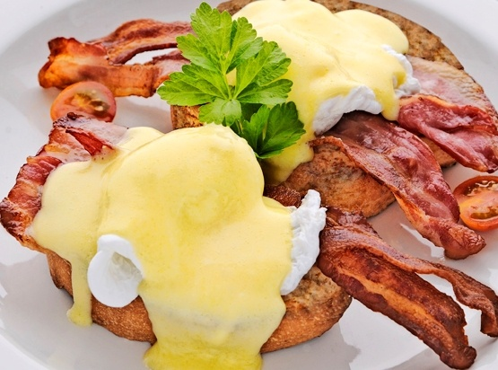 Eggs Benedict with bacon, or smoked salmon at Arnolds on Kloof Cape Town