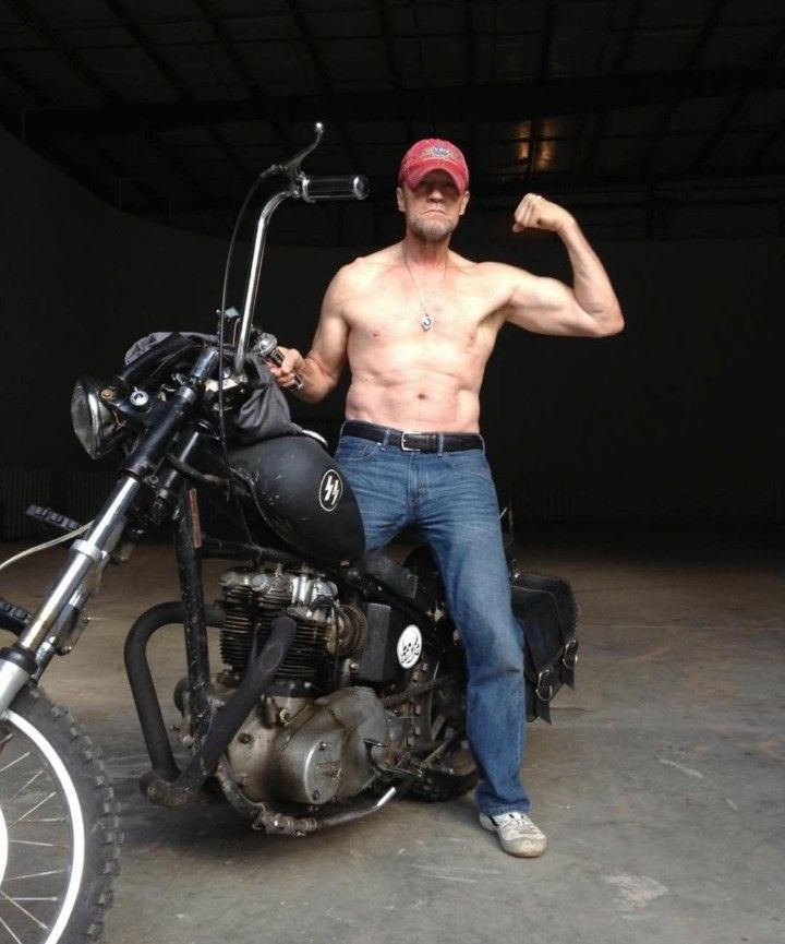 Michael Rooker (aka Merle Dixon)