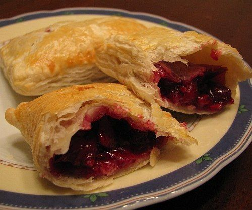 Loecki with cherry filling / Amazing Cooking
