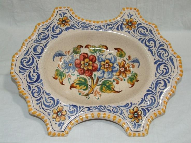Bacia de cerámica Greca y Ramo Borde amarillo. Más información:   http://www.artesania-alla.es