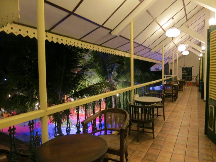 Teras Gong Java Hall