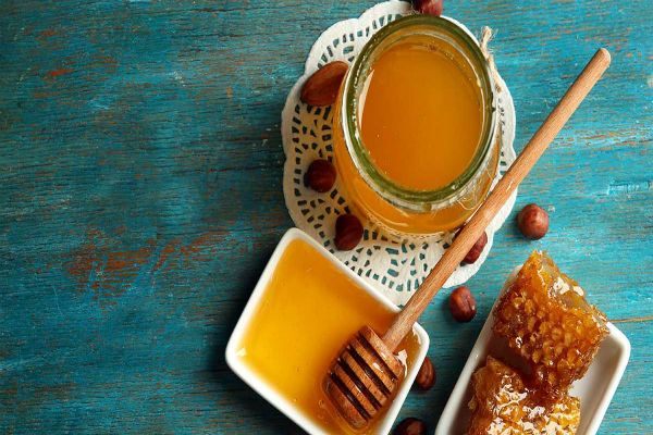 13 Health Benefits Of Raw Honey
