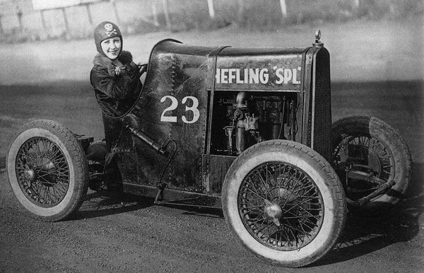 The Hefling Special. Story goes that this young dare-devil died while driving her car through a wall for a stunt show.  (Source: 5window, via americabymotorcycle)