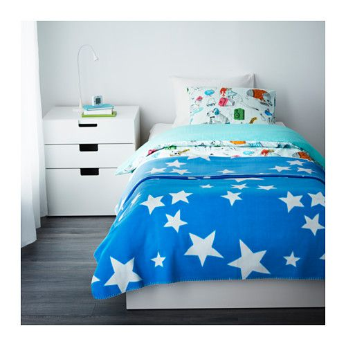 OLIVTRÄD Bedspread/blanket IKEA Fleece is a soft, easy-care material that you can machine wash.