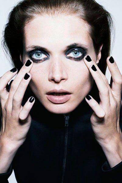 Rub-a-dub-dub.: Nails Art, Katja Rahlwes, Katja Rohlw, Beautiful, Black Nails, Makeupyourmindbody Facs, Smokyeye Blacknails, Nails Polish