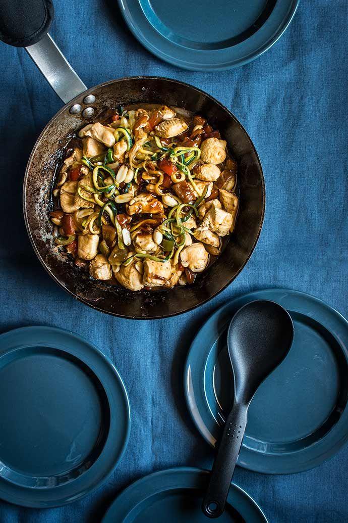 pollo con verduras Kung Pao al estilo de Chinatown