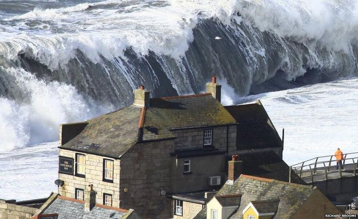 Cove House Inn in Chiswell, Dorset Feb. 2014. First floor windows were boarded up but huge waves crashed through the 2nd & 3rd floors. GB is really taking a beating.     posted by www.futons-direct.co.uk