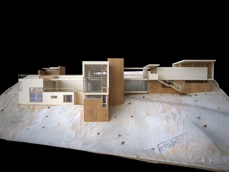 Model and f Casa NM14 PAUL CREMOUX studio