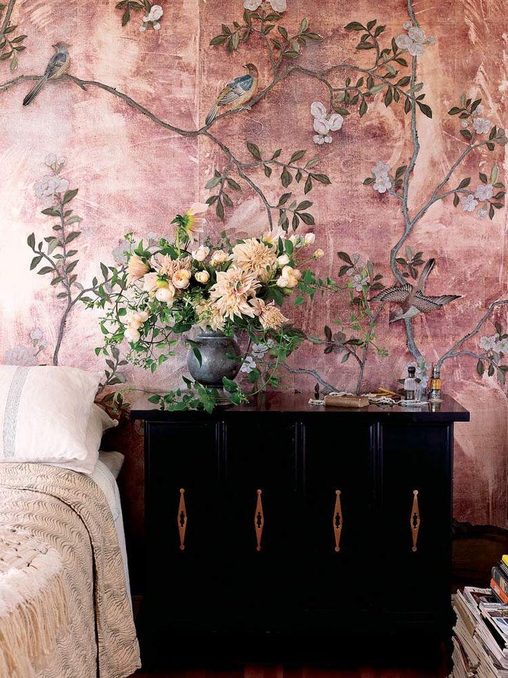 【ELLE DECOR】花の香りで目が覚める、夢のベッドルームを演出! エル・オンライン