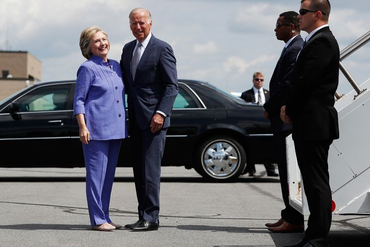 Hillary Clinton wearing Chloé leather flats in Scranton, Pa., with Vice President Joe Biden. AP Images.  Hillary Clinton continues to elevate her shoe game.  The Democratic presidential nominee arrived in Scranton, Pa., today for a rally with Vice President Joe Biden. When Clinton stepped off the plane, we got a look at her shoes: a pair of Chloé nude leather Lauren flats. August 15, 2016