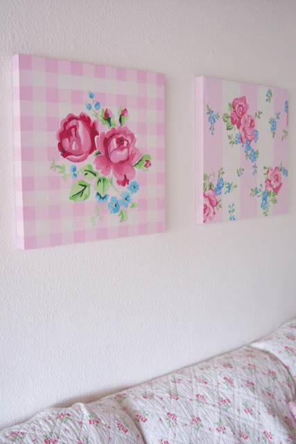 I love those gingham canvases with the flowers! I don't think it would be too hard to replicate either.
