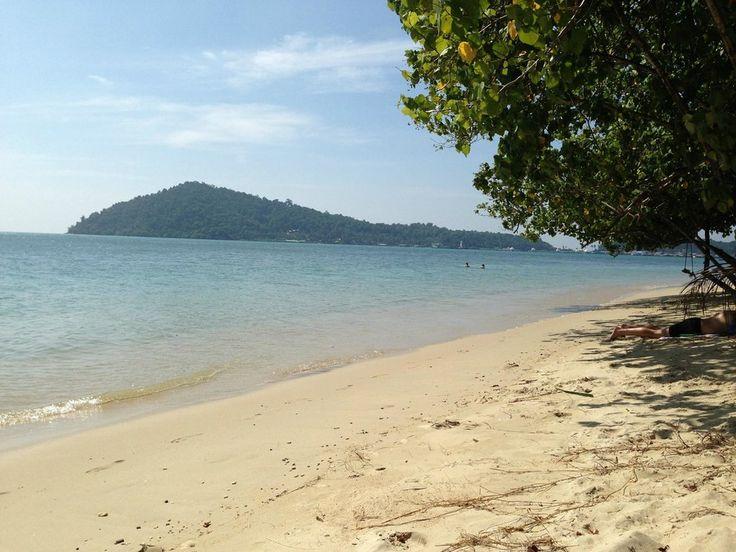 Kong Koi Beach (unspoiled beach, seashells, restaurants) - Ko Chang, Thailand