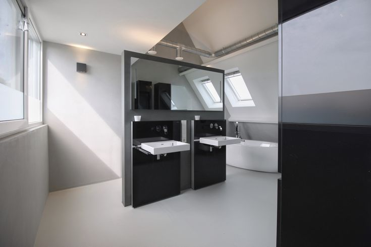 Badkamer in Sneek, ontworpen door USE architects. Senso gietvloer, smeerwanden, Baderie, Bootsma bouw.