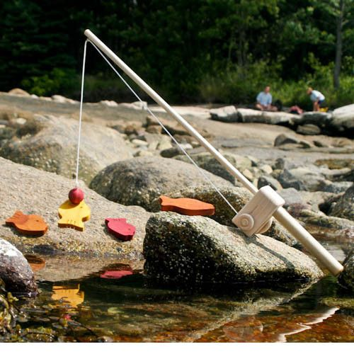 Magnetic Fishing Game, Wooden Toy Fishing Pole Rod