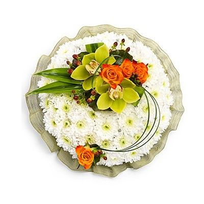 Композиция состоит из орхидеи 2шт., розы 4шт., кустовой хризантемы 15шт., гиперикума 2шт., листа драцены 6шт.  http://www.dostavka-tsvetov.com/shop/277/desc/luna