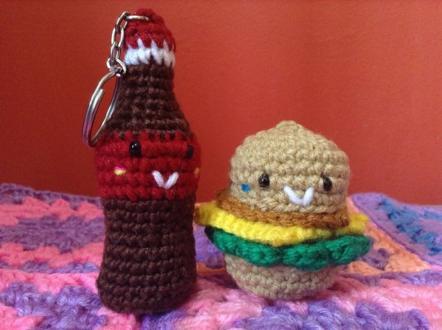 FREE Crocheted Burger and Coke Crochet Pattern / Tutorial by anneris