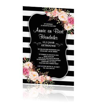 Stijlvolle jubileum uitnodiging 12,5 met bloemen en strepen