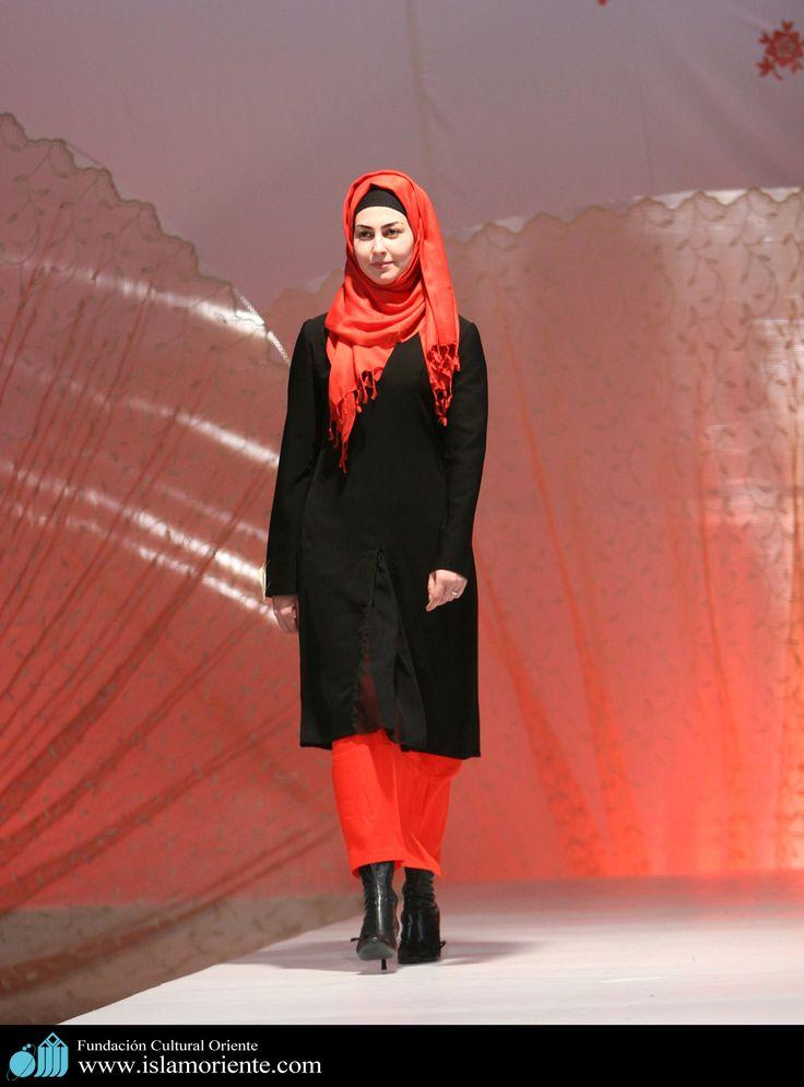 Mujer musulmana y desfile de moda - 22 | Galería de Arte Islámico y Fotografía
