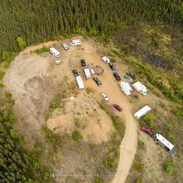 Aerial shot of T2T camp, first evening/night (about halfway between #Delta and #Tok, #Alaska off the #ALCAN Highway). ⠀  ⠀  Annual 108 mile #T2T (Tour to Tok) bicycle ride from Delta Junction to Tok, AK, 3-4 Jun 2017. I rode half of each day, 29 and 31 miles. #biketravelweekend⠀⠀  ⠀  © jessedavisimages, 2017⠀  #jessedavisimages ⠀  #blockai⠀  #drone #dji #dronestagram #droneoftheday ⠀  #dronefly #aerialphotography⠀  #quadcopter