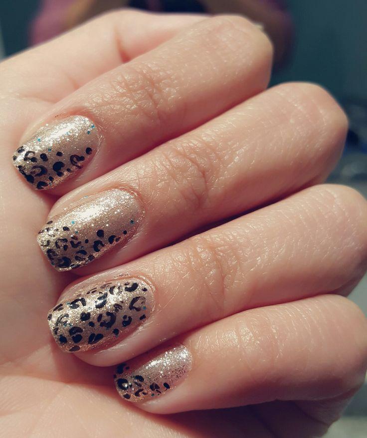 Nails animal print - Esmalte en gel #Nabi #silver #glitter