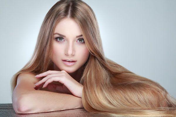 Solo un parrucchiere professionista può fare meches, colpi di sole o schiariture ad hoc. Ma se si tratta di coprire la ricrescita dei capelli bianchi o dihttp://www.sfilate.it/216997/il-trend-colore-per-capelli-del-2014-fare-da-sole