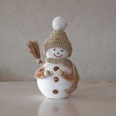 Petit bonhomme de neige beige de 10cm