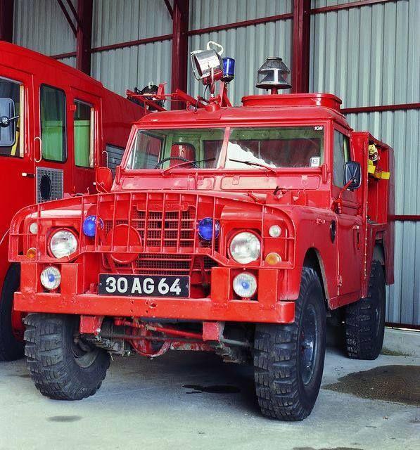 Land Rover Series III Fire Engine