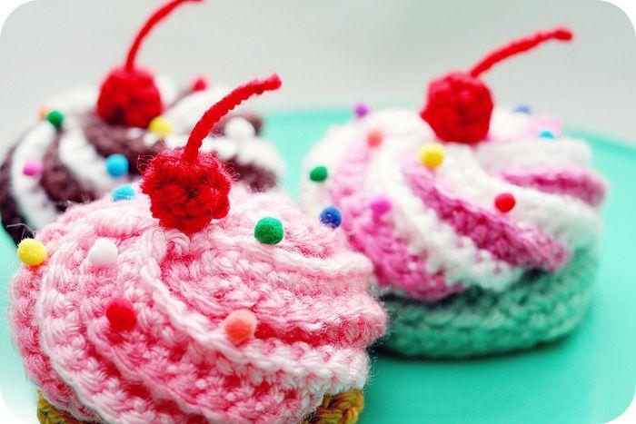 Amigurumi Food: Swirly Cupcake - Free Crochet Pattern
