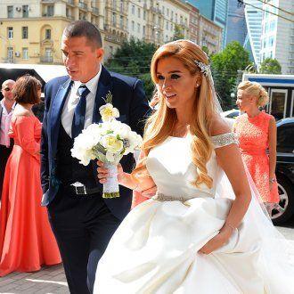 Курбан Омаров организовал изысканную свадьбу