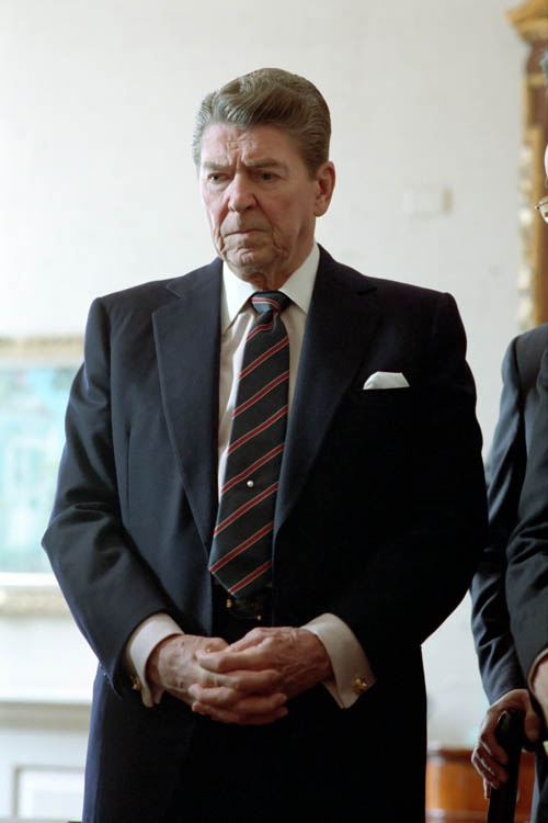 a history of reagans presidency Ronald wilson reagan (/ ˈ r eɪ ɡ ən /  february 6, 1911 – june 5, 2004) was an american politician and actor who served as the 40th president of the united states from 1981 to 1989 prior to the presidency, he was a hollywood actor and trade union leader before serving as the 33rd governor of california from 1967 to 1975 ronald reagan 40th president of the united states in office.