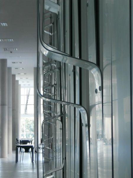 képek: Pécsi Tudományegyetem Szentágothai János Kutatóközpont - Science Building