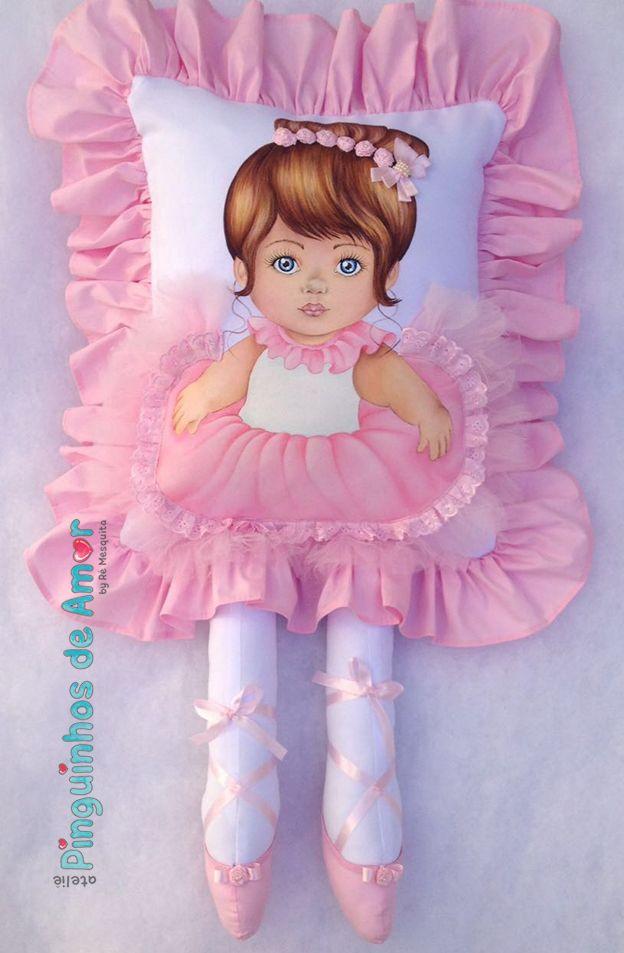 Almofada Boneca Bailarina com Perna. Visite nossa fanpage https://www.facebook.com/ateliepinguinhosdeamor/ Nosso e-mail: pinguinhosdeamor@gmail.com