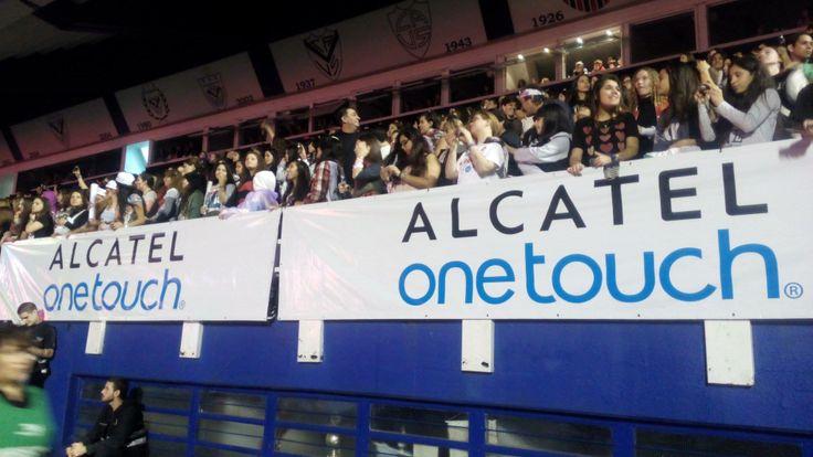 Las Directioners de Argentina, se divirtieron con todo el estilo ONETOUCH en el súper concierto de Niall, Liam, Harry, Zayn y Louis.