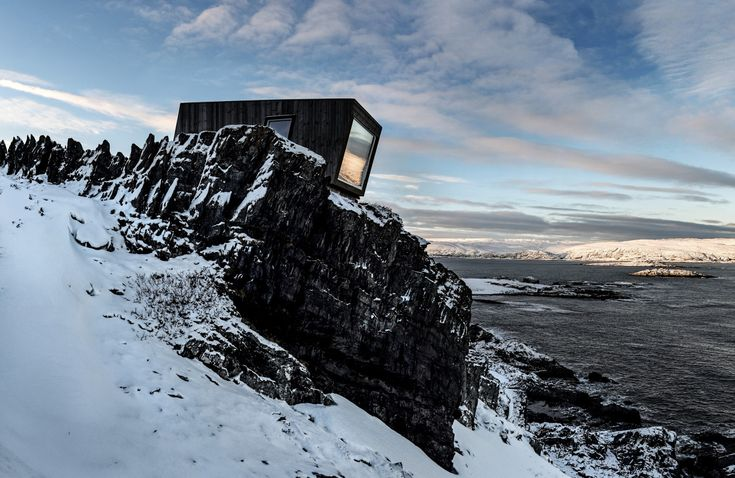 Bivouac in Kongsfjord at the Veines cliff in Varanger, Arctic Norway. Contributed by Tormod Amundsen.