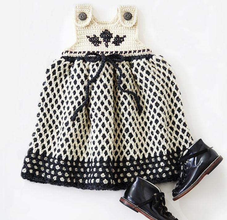 Garden Lattice Jumper Crochet Kit featuring Patons Classic Wool DK Superwash Yarn | Craftsy | Craftsy