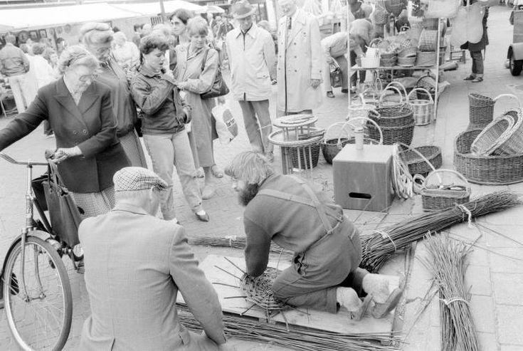 West-Friese Markt: de oude ambachten - mandenmakers