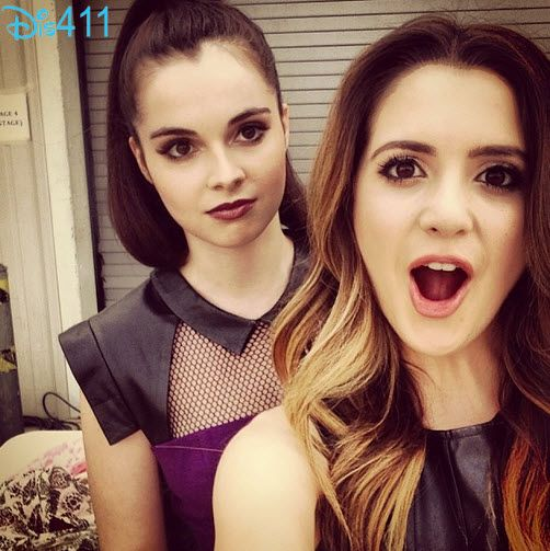 Photo: Laura Marano And Vanessa Marano Look Gorgeous For The 2014 KCAs