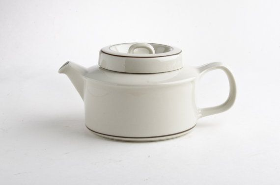 Vintage Arabia of Finland Fennica teapot – Arabia teapot with lid and infuser – Fennica dinnerware