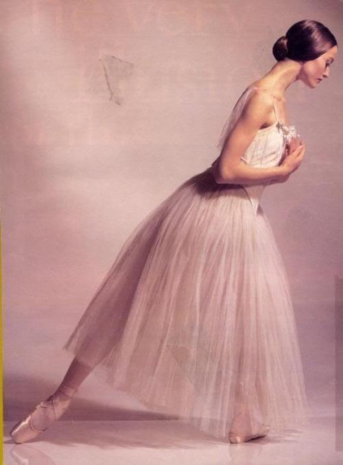 Julie Kent in Giselle.
