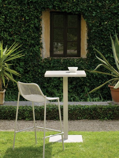 Round chaise | Vivre en plein air, ça me plaît | Emu