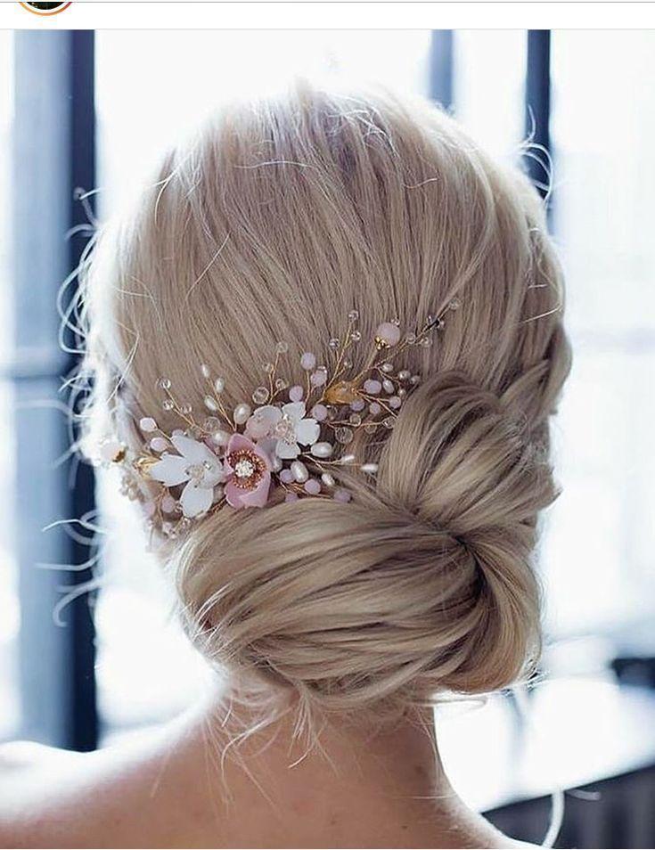 Mariage # Beauty #Wedding #Horse #Wedding Hair