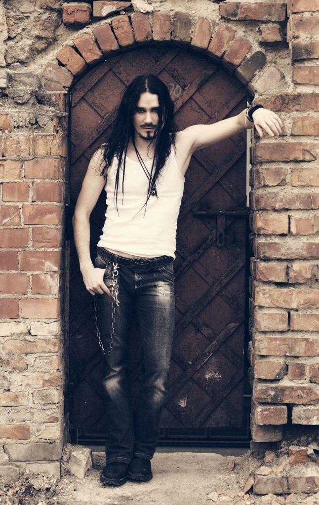 Tuomas Holopainen of Nightwish <3