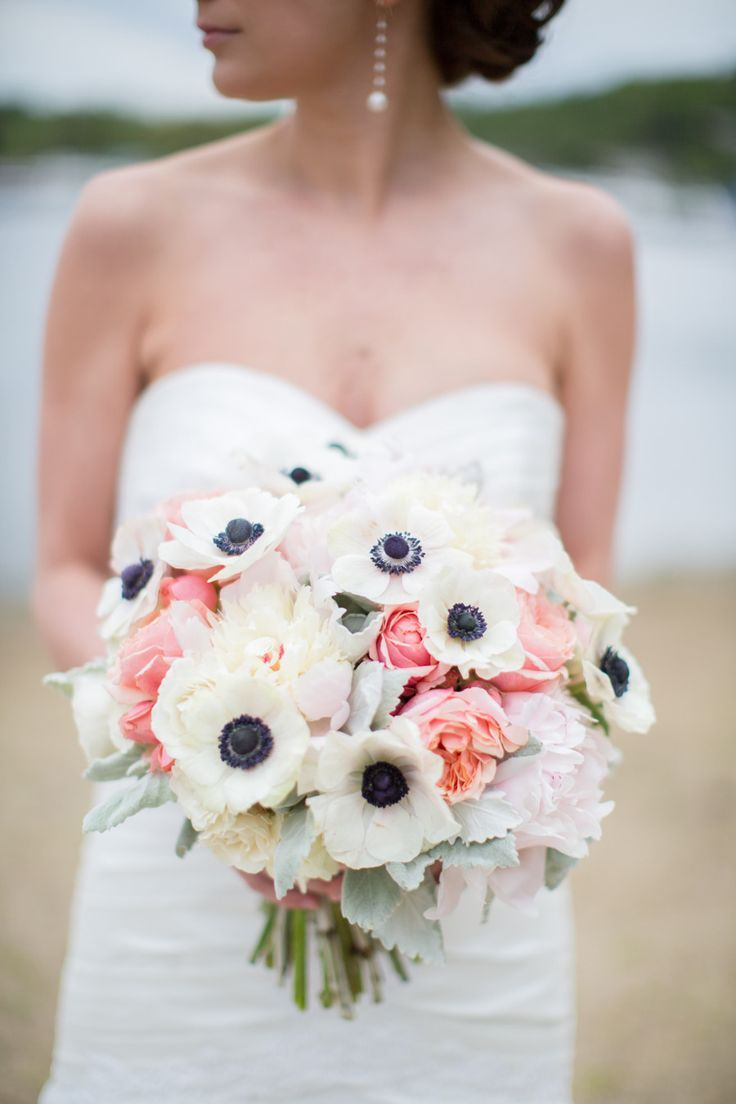 Anemone and coral garden rose bouquet | Anemone wedding ...
