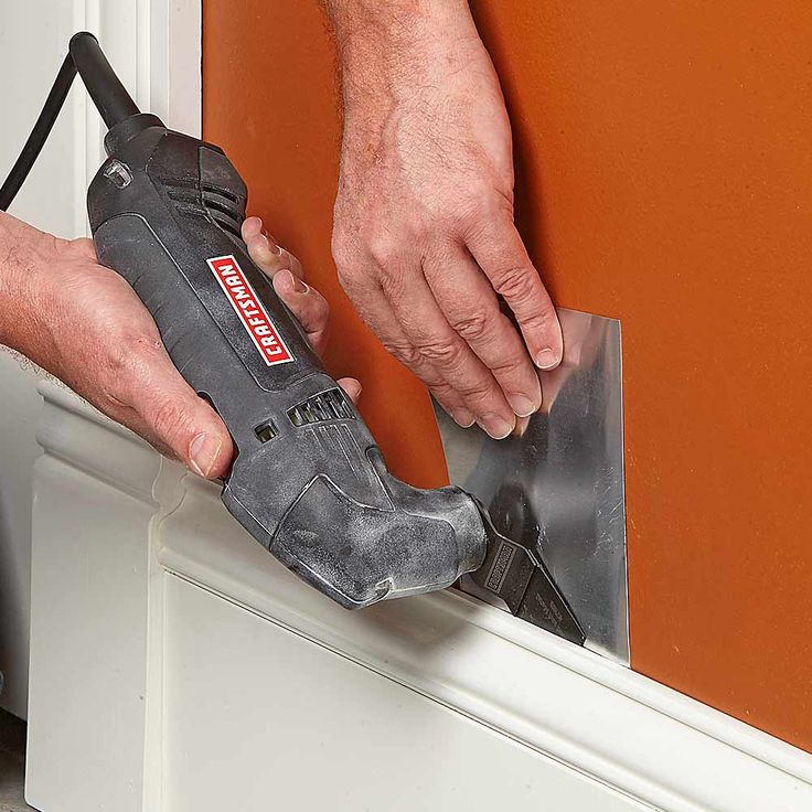 17 Tips for Using an Oscillating Tool: Remove Trim Without Damage http://www.familyhandyman.com/tools/power-tools/oscillating-tool-uses