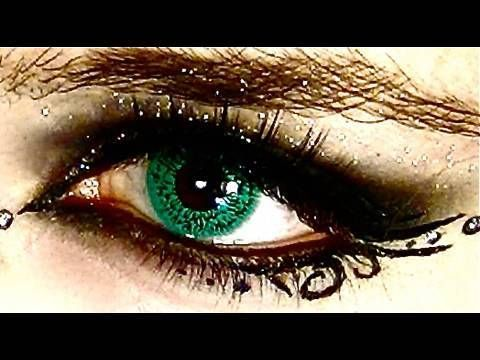 glam goth eyes klaire de lys